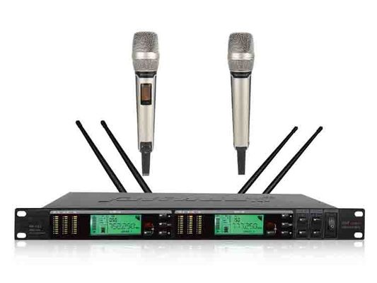 China Performance Microphone True Diversity Wireless System With Pll Combined Technology distributor